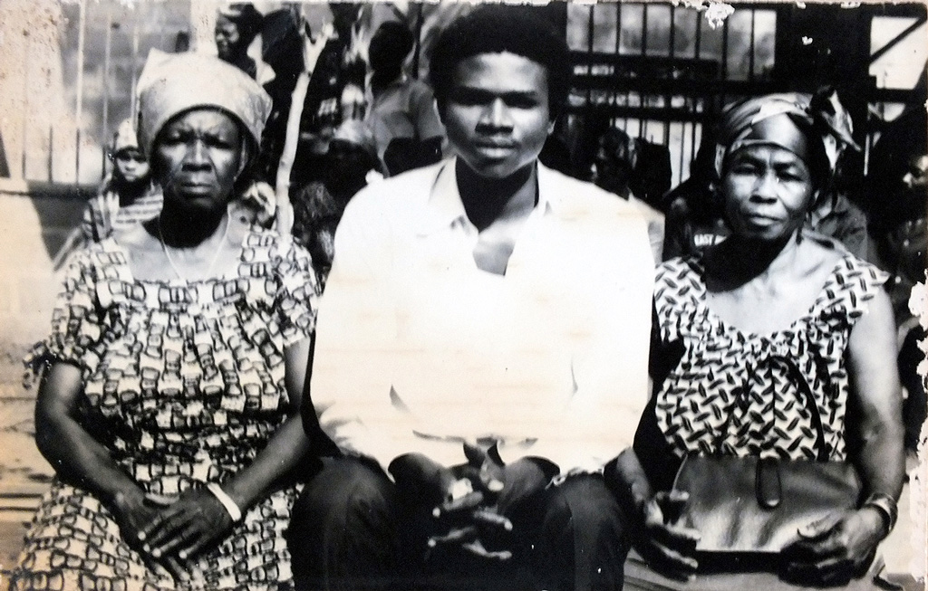 Dr. Okenwa Nwosu's sendoff photo in November 1970 before he left for the US. On right is his mom, Jemima and on left is Odenigbo's mom, Susana.