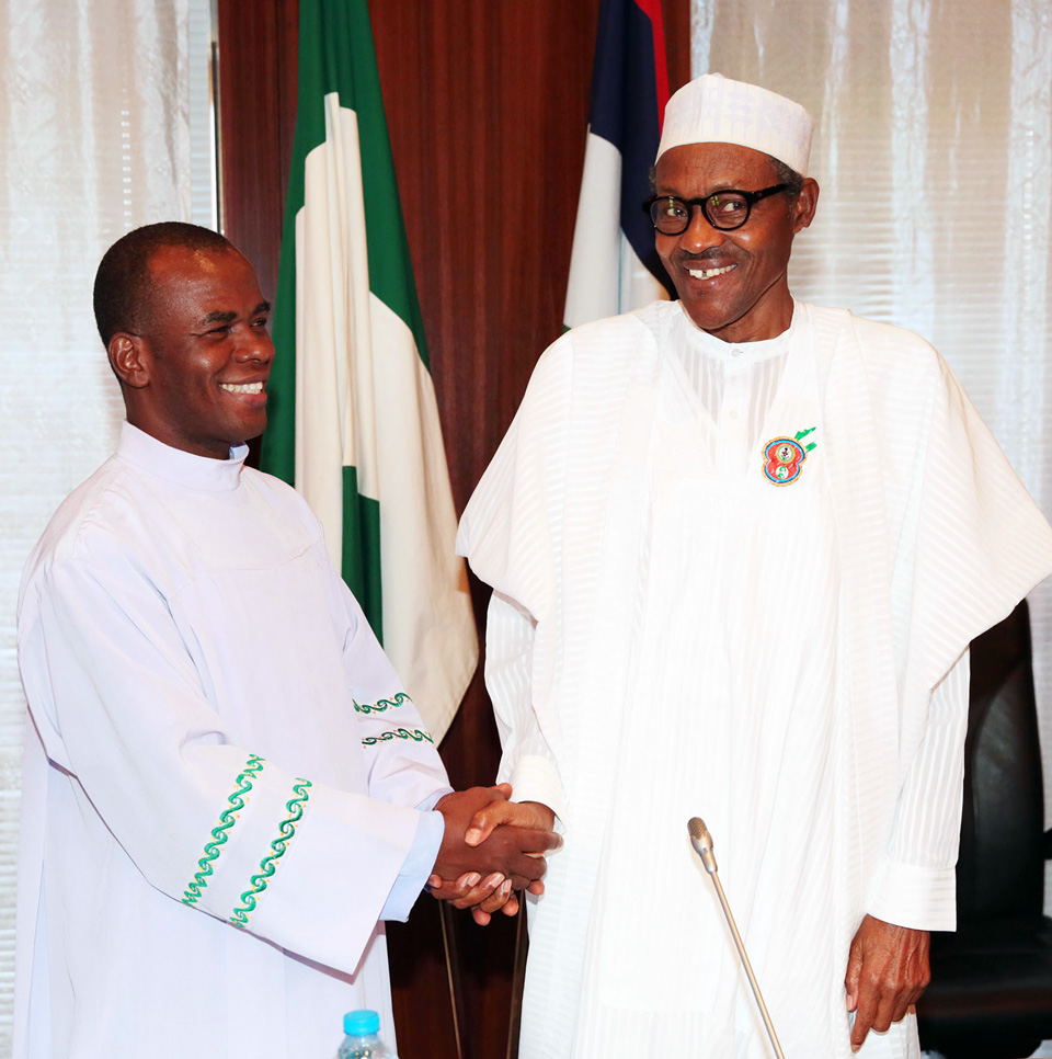 Rev. Mbaka hobnobs with Buhari