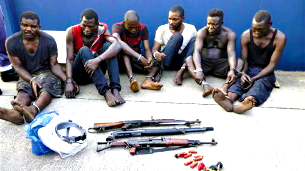 Kidnappers with tools arrested